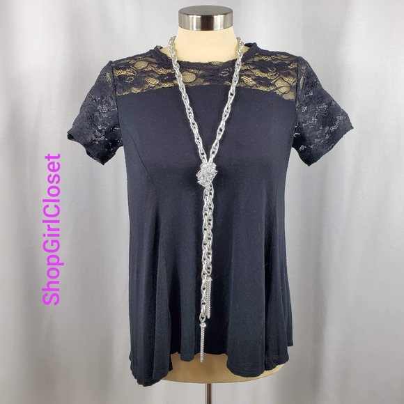 💥Just In💥Apt 9 Flowy Top - Size Small Juniors